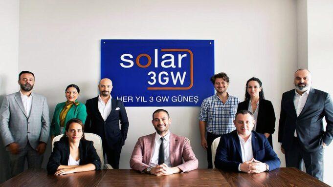 Güneş enerjisi yatırımlarını teşvik için yeni iş modeli önerisi