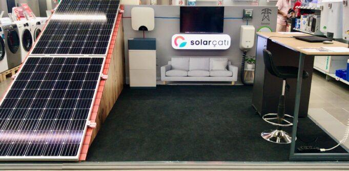 MediaMarkt Solar standı